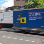 Nokia is leading a new advertising campaign against the Galaxy S4 Zoom in the streets!