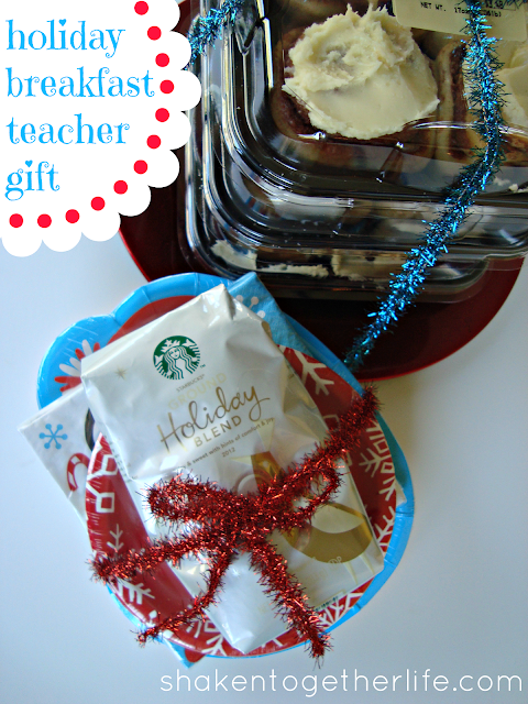 holiday breakfast teacher gift #DeliciousPairings at shaken together