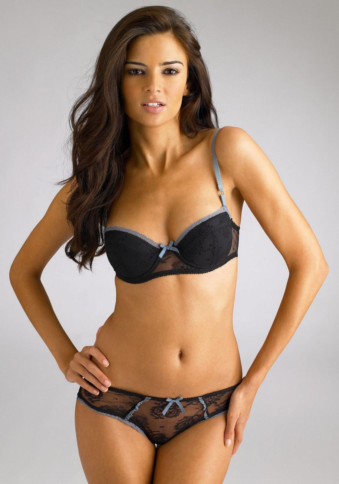 http://3.bp.blogspot.com/-QadYY25Zv3Q/ToCe1NZMveI/AAAAAAAAEMM/UWdaUr8emis/s1600/Jennifer+Lamiraqui+3.jpg