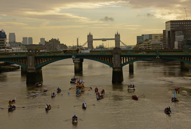 Lord Mayor's flotilla, Southwark Bridge, London Bridge, Tower Bridge