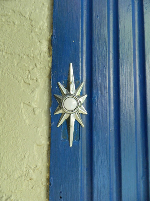 1950s style atomic starburst doorbell Just Peachy, Darling