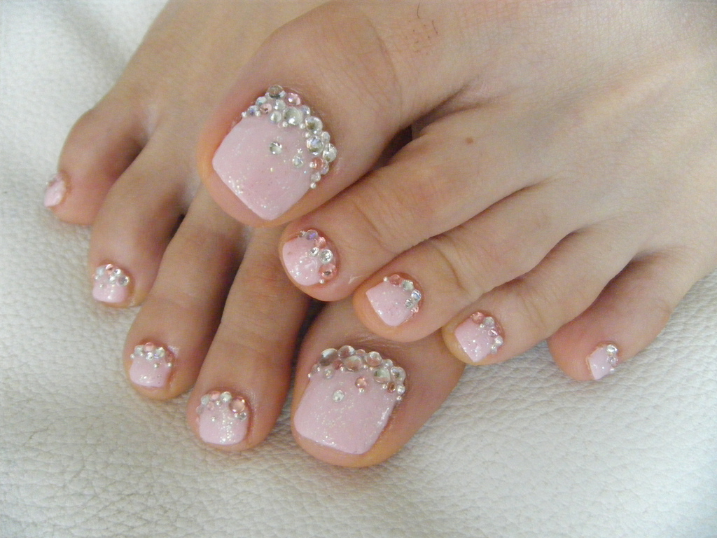 toe nail art with flowers cute pedicure nail designs for spring to