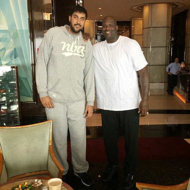 shaquille o neal with sim bhullar tall giants india