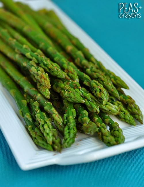 Easy Blanched Asparagus with Cayenne, Lemon, and Garlic... my go-to ...