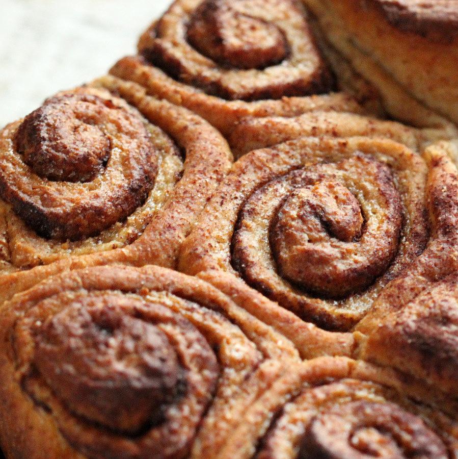 Vegan Cinnamon Rolls / Buns. Vegan Recipe - Vegan Richa