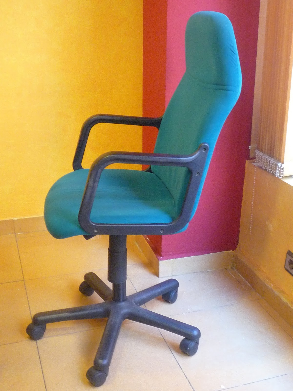 Muebles de oficina for Sillones oficina ergonomicos precios