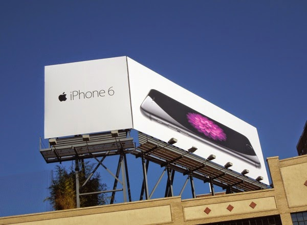 Apple iPhone 6 billboard NYC