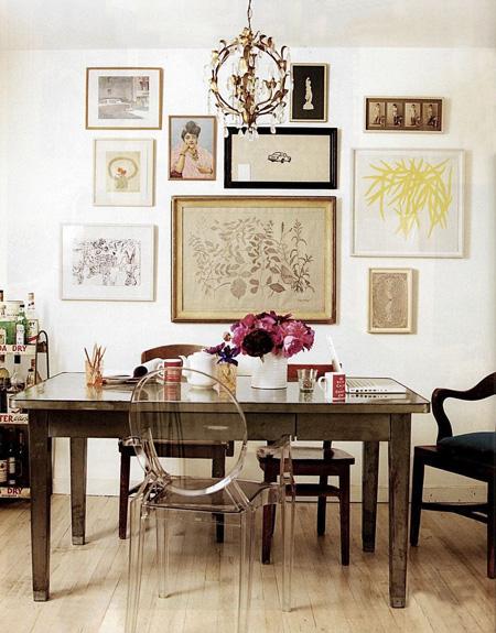 decoracion vintage escritorio con lampara de lagrimas y silla luis XVI
