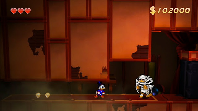 Scrooge McDuck and a mummy in DuckTales Remastered
