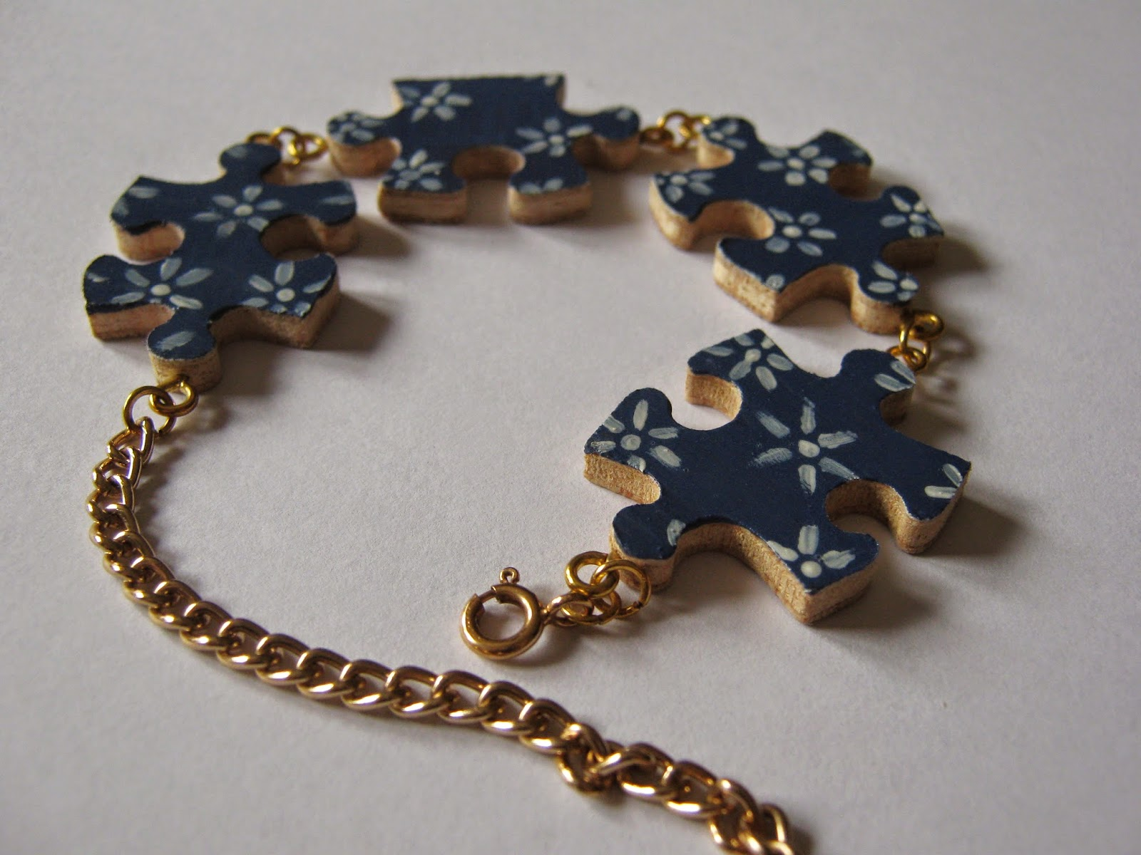 Tutorial: Jigsaw Bracelet