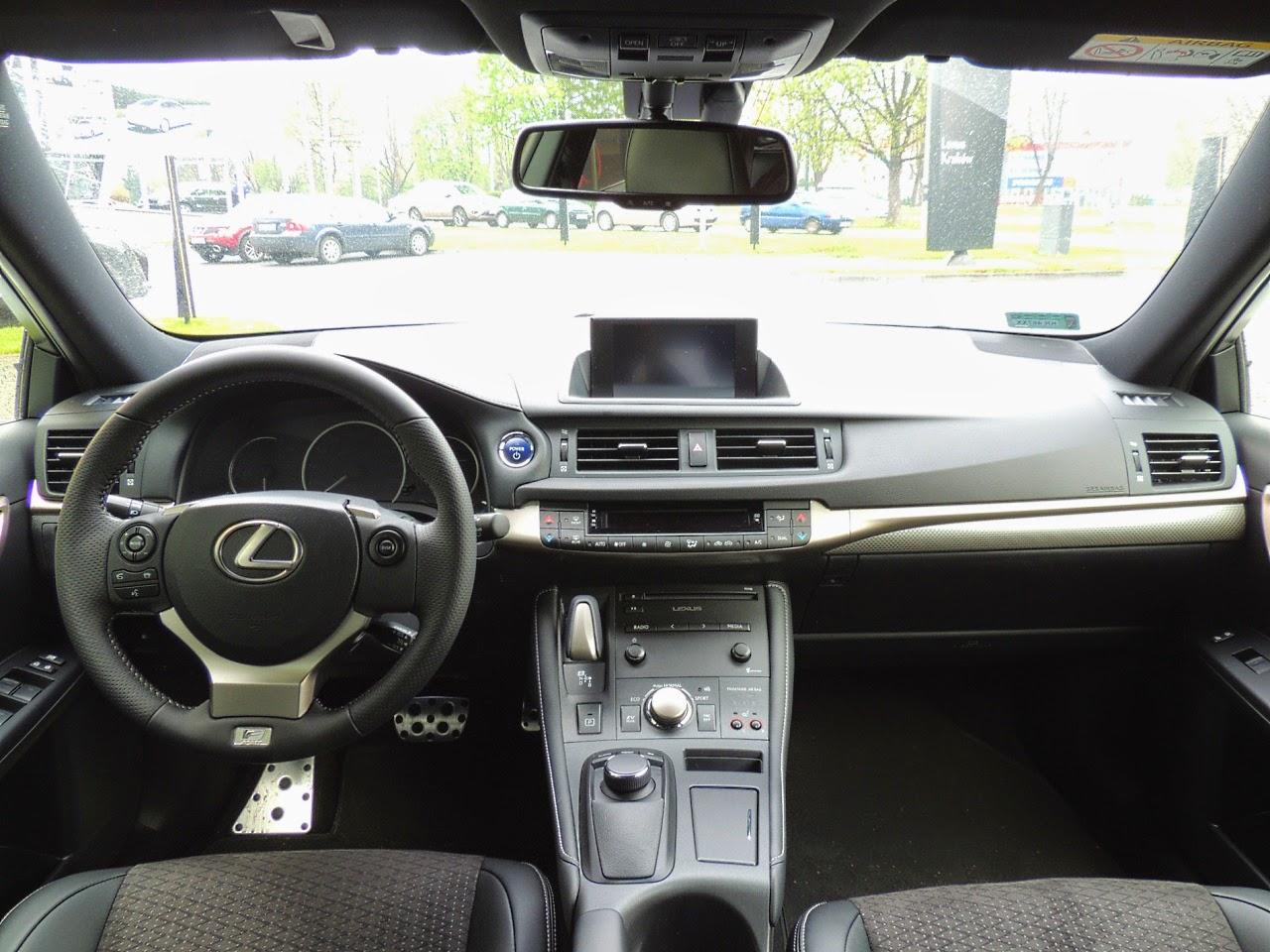 Lexus CT 200h - wnętrze
