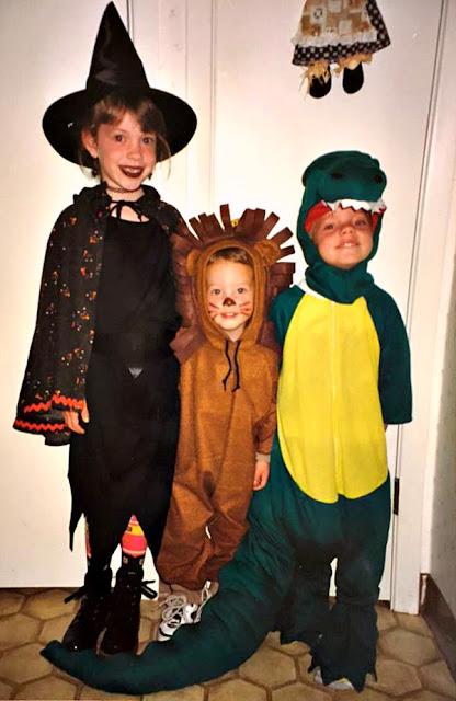Easy Pumpkin Spice Pecan Fudge | Renee's Kitchen Adventures - kids in costumes