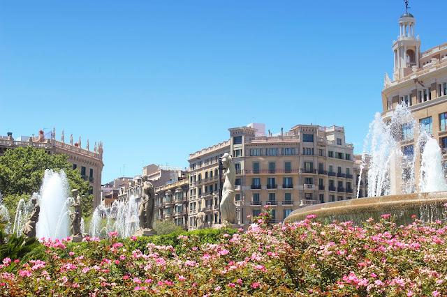 Plaza Catalonia | Barcelona | Chichi Mary Blog