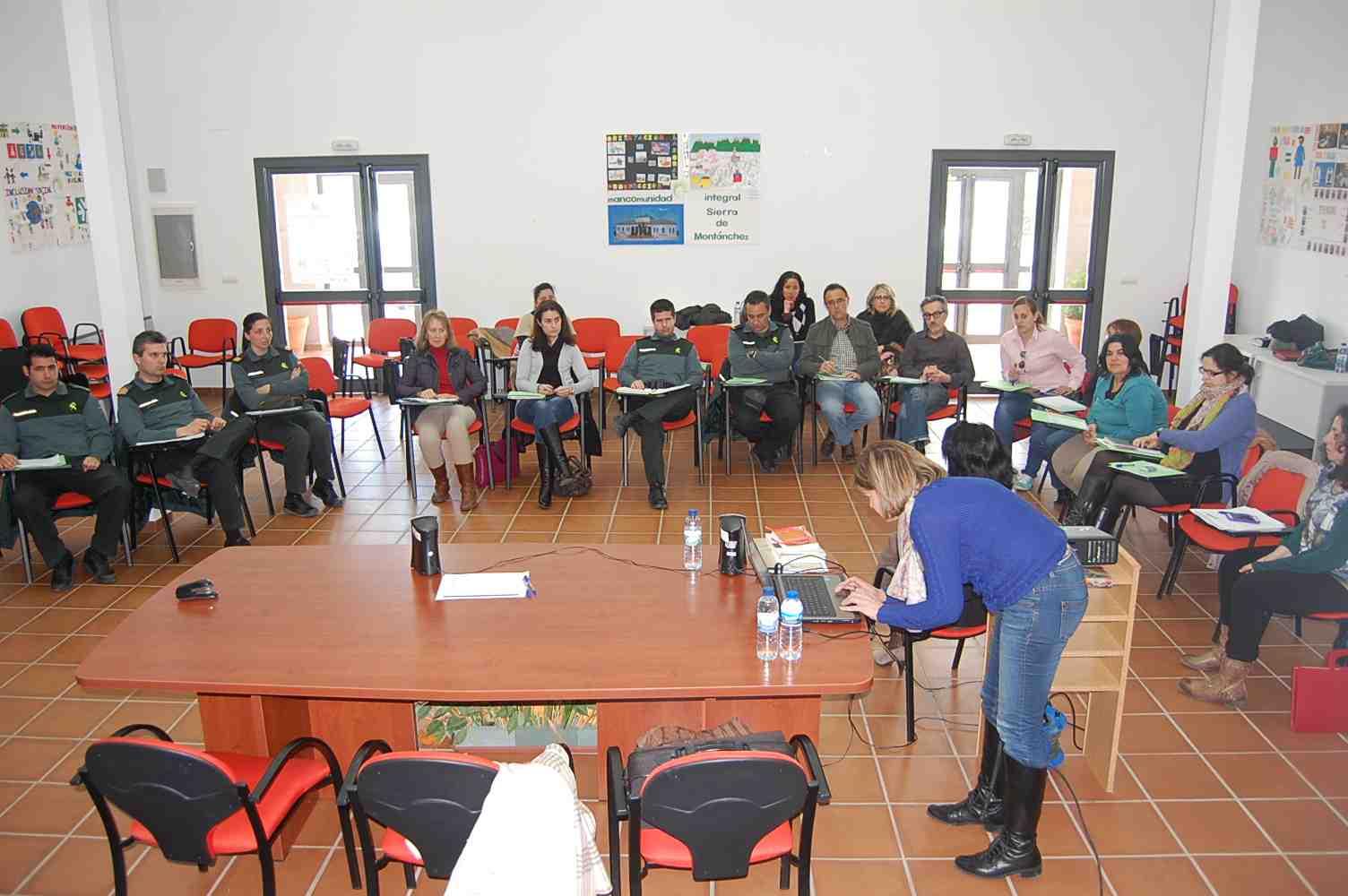 Oficina de igualdad sierra de mont nchez mesa territorial for Oficina 0182