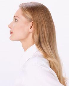 Prueba una plancha para el cabello