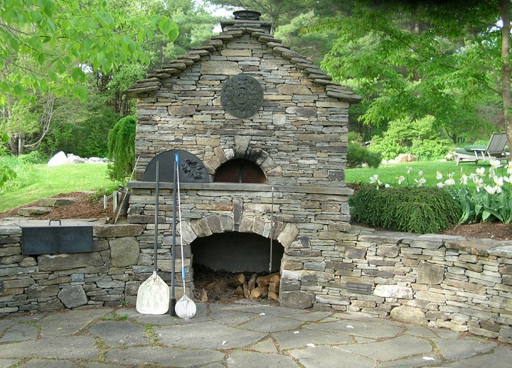 Pix grove incredible outdoor pizza ovens - Outdoor stone ovens ...