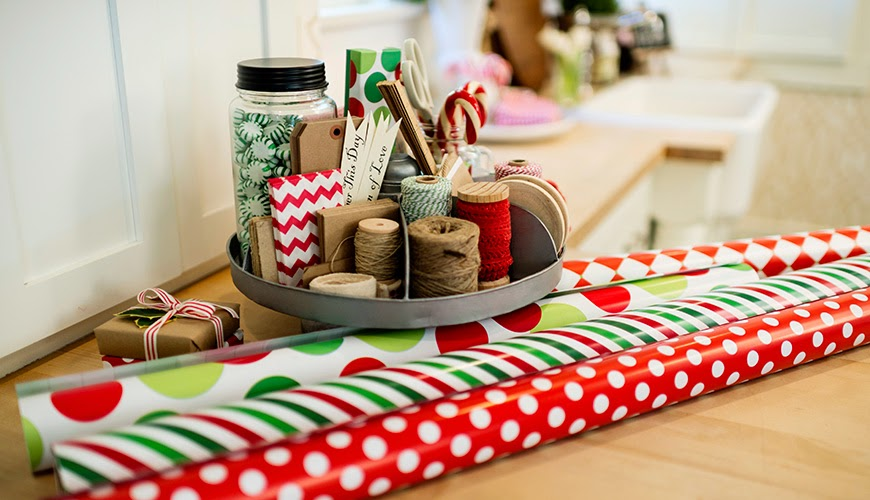 Gift Wrapping Parties supply station