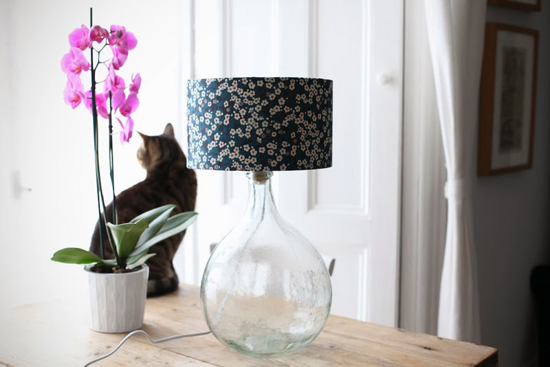 takecourage blog demijohn table lamp diy