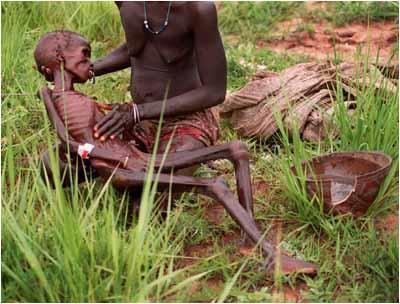 http://3.bp.blogspot.com/-Qd7B_wD6pIQ/Tiz6trDeqAI/AAAAAAAACt8/B8ZgjcOQvcY/s400/i%2Bsomalie_famine.jpg