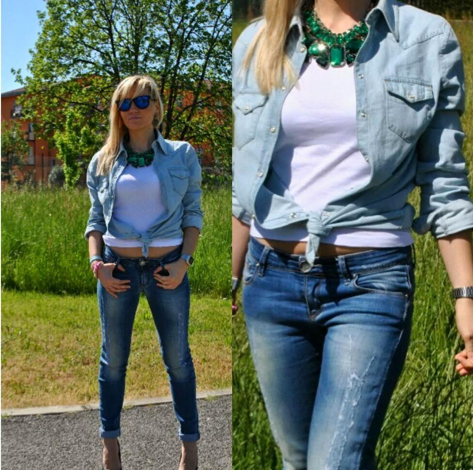 outfit jeans e camicia outfit tacchi e jeans outfit total denim outfit camicia di jeans annodata come abbinare la camicia di jeans abbinamenti camicia di jeans outfit borsa fornarina orologio casio bracciale azzurro il centimetro camicia in denim chiaro fashion blogger italiane milano outfit aprile 2014 outfit primaverili outfit jeans strappato camicia benetton scarpe in denim replay collana verde smeraldo occhiali lenti a specchio spektre