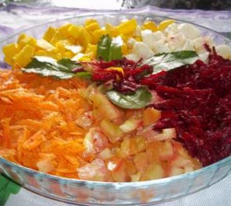Salada de frutas com verduras light