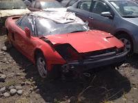 Automovil deportivo rojo viejo