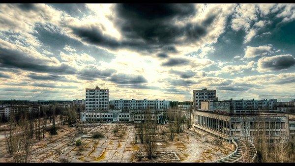87958_gal.png+the+chernobyl+diaries+prip