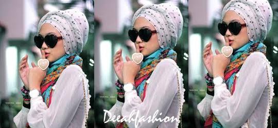 Trend Jilbab Agustus Retro Bold