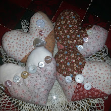 VALENTINE HEARTS WITH BUTTONS