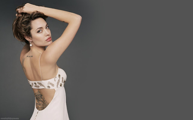 Actress Angelina Jolie Wallpaper