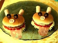 """Ricette sfiziose da proporre ai bambini per festa halloween: Panini imbottiti """"animati"""""""