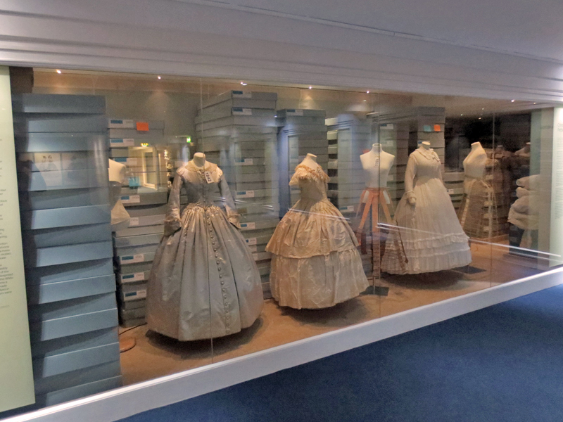 Bath Fashion Museum