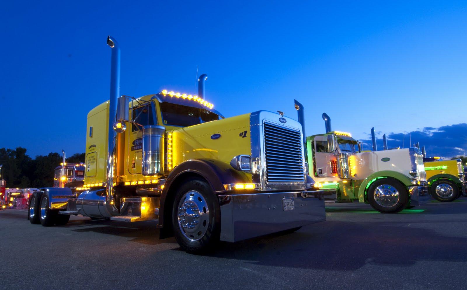http://3.bp.blogspot.com/-QeJa1DrDa4c/Thy5qsXKuOI/AAAAAAAAK4c/AFgPYkYGe7o/s1600/Foto-vrachtwagen-achtergronden-hd-trucks-wallpapers-2.jpg