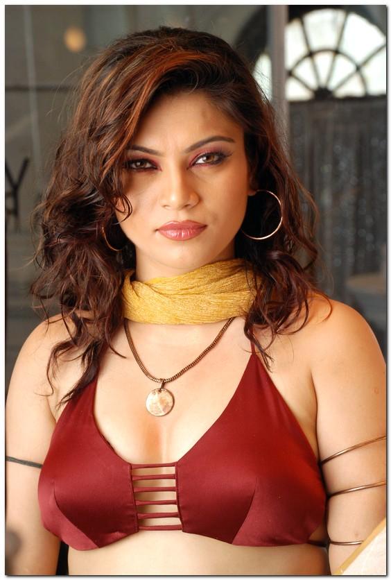 South Celebrities: Ragasiya 's Hoooooooot Gallery