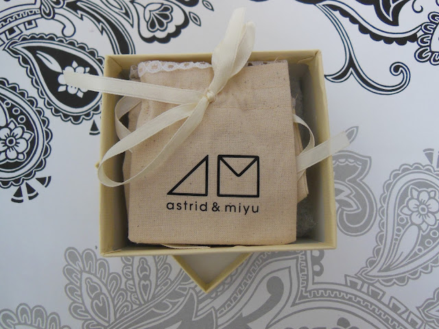 Astrid and Miyu secret box