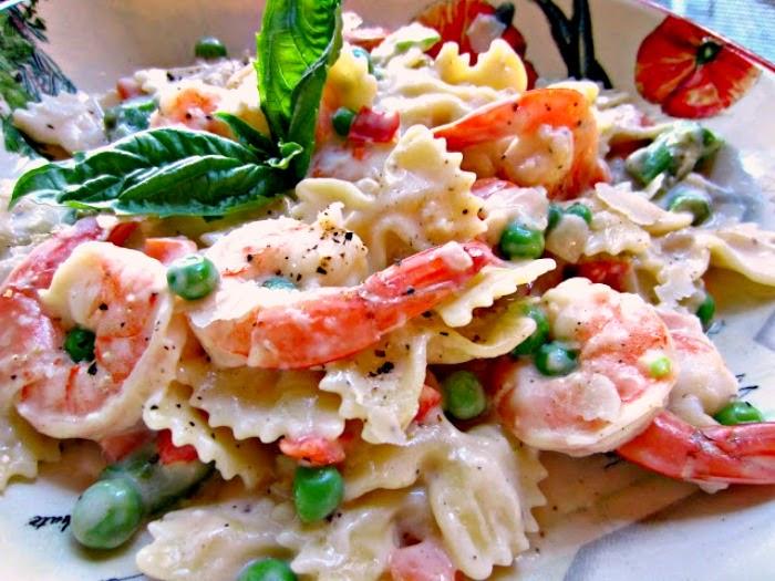 Quick and Easy Shrimp and Pasta Primavera | Renee's Kitchen Adventures
