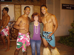 VIVIENNE IN HAWAII, PARADISE COVE