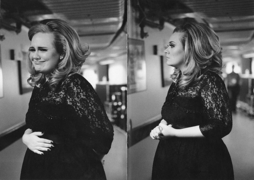 http://3.bp.blogspot.com/-Qf5XH9SLfN4/Tv-ZL4K3WmI/AAAAAAAADyg/ohDzgrW0KAo/s1600/Adele-Live-At-The-Royal-Albert-Hall+%25284%2529.JPG