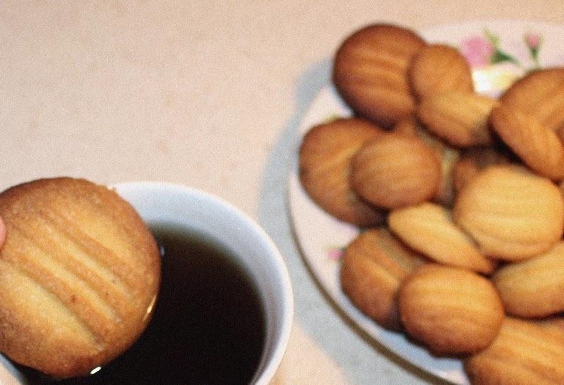 Łatwy i tani przepis na maślane ciasteczka dobre do kawy i herbaty