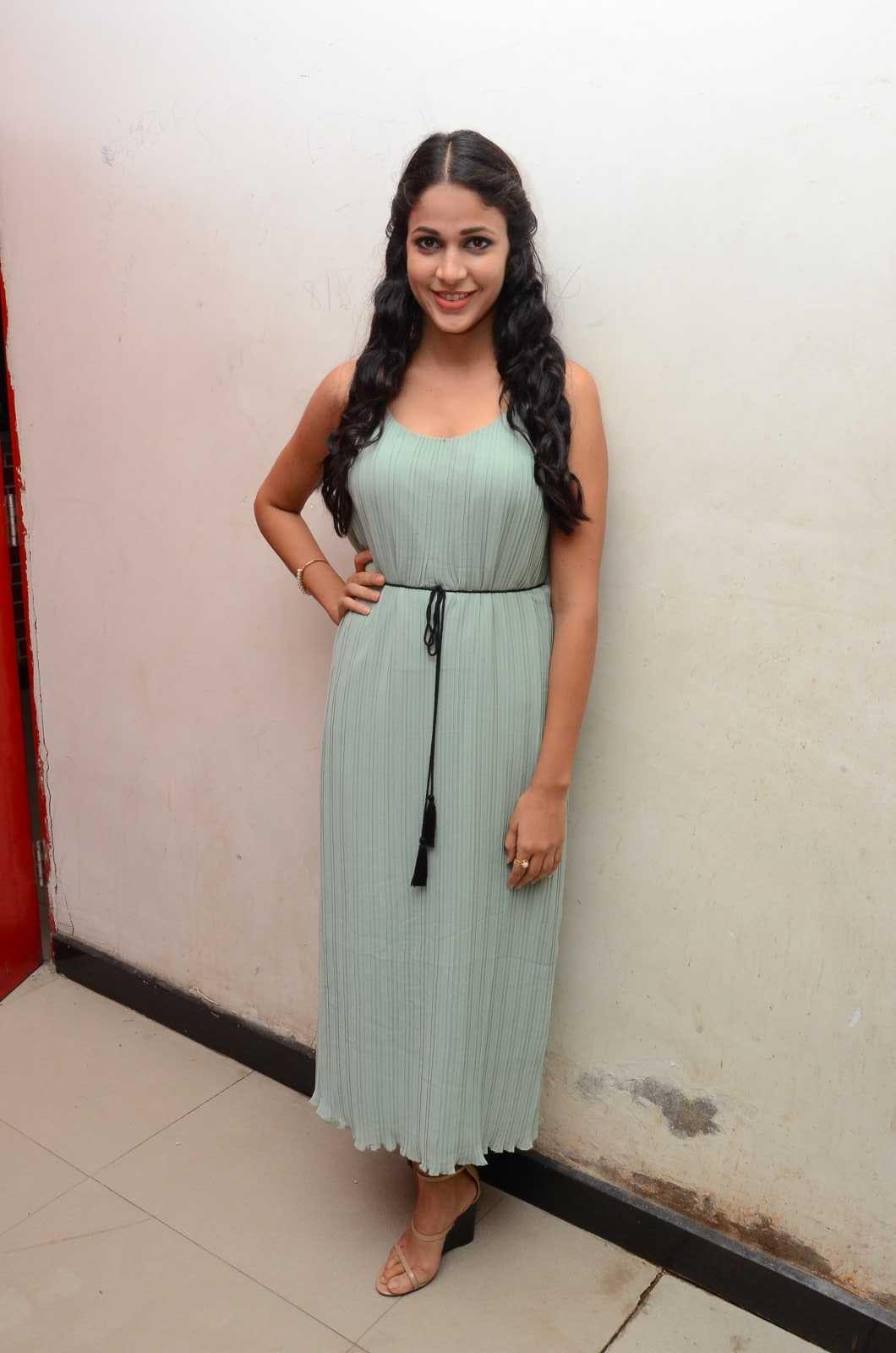 Lavanya Tripati latest glam pics-HQ-Photo-4