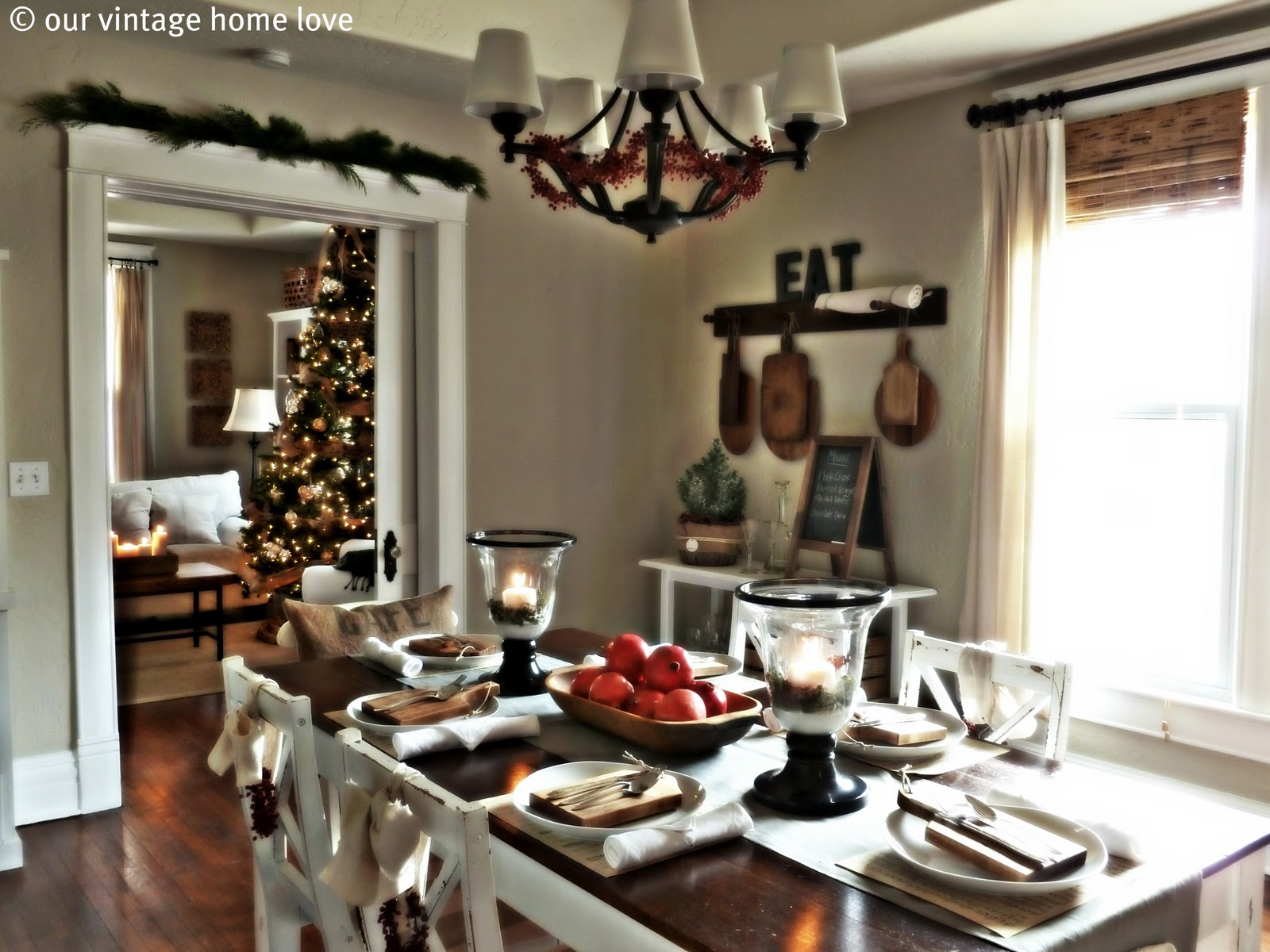 Vintage Home Love Christmas Table Decor Ideas