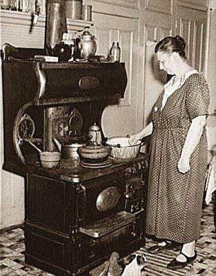 Antique Wood Burning Kitchen Stove