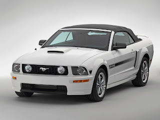 ford mustang gt cs
