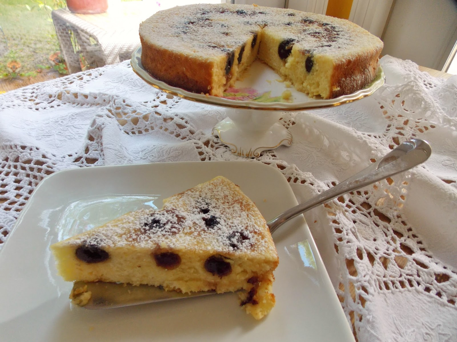 Food and Thrift: Hungarian Cherry Tea Cake
