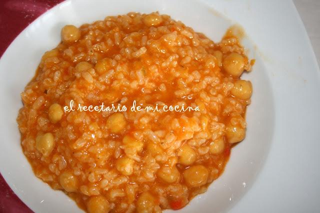 guiso de garbanzos y arroz