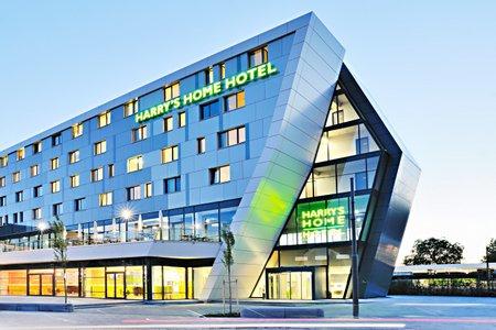 M nchen news get together im steigenberger hotel m nchen for Designhotel munchen