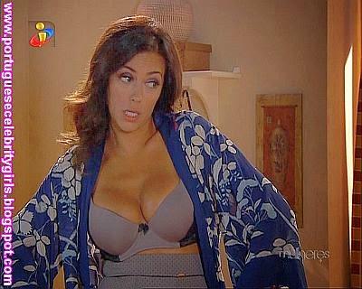 http://imgchili.net/show/61514/61514467_sofia_ribeiro_sexy_e.jpg