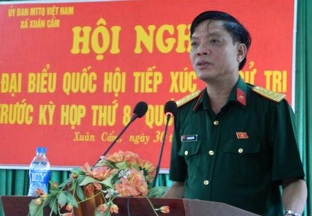 Đại biểu Quốc hội tiếp xúc cử tri tại Hiệp Hòa
