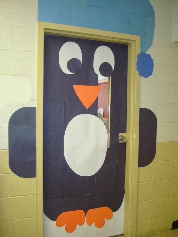 C mo decorar una puerta en navidad for Ideas para adornar puertas en navidad