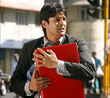 Aamir (Released in 2008) - Starring Rajeev Khandelwal - A serious movie about a terror attack